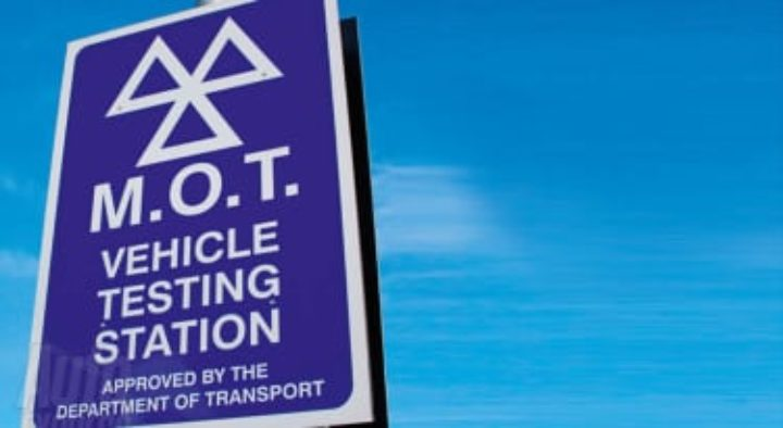 Is your MOT expiry date due on or after 30th March 2020? How to get a 6-month extension during COVID-19?